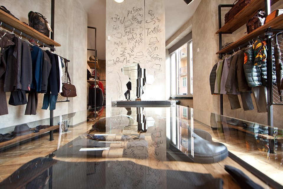 Get Store Uomo, a project signed by AMlab, on Retail Design Blog