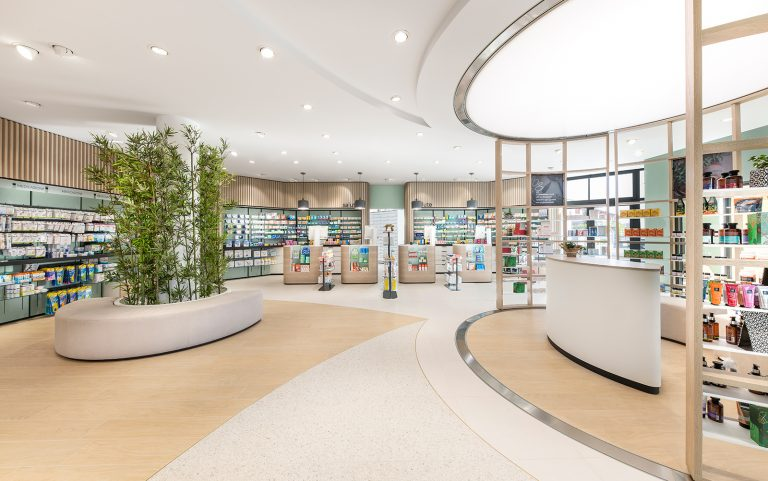 Farmacia Essenza: a new pharmacy vision