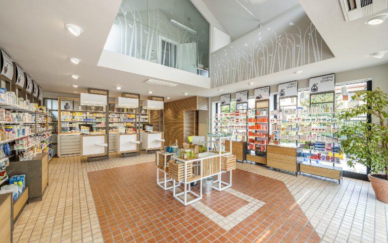 Apre la nuova Farmacia 3.0 Sguazzini
